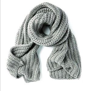 Michael Stars Chunky Knit Scarf in Galvanize